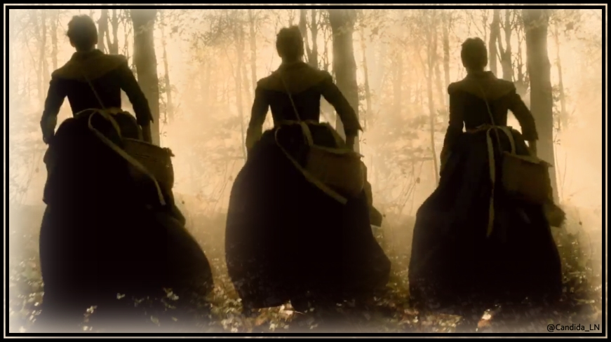 Claire (Caitriona Balfe) running through forest.