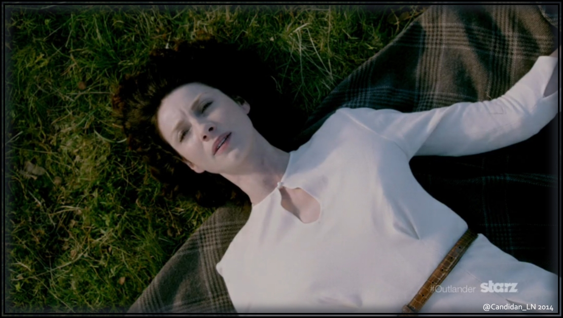 Claire Randall (Caitriona Balfe) wakes up in 18th Century Scotland.