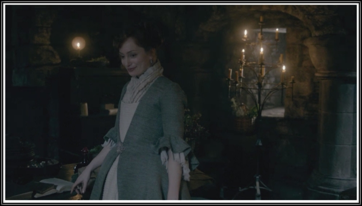 Lotte Verbeek as Geillis Duncan, trying to whittle information out of Claire.
