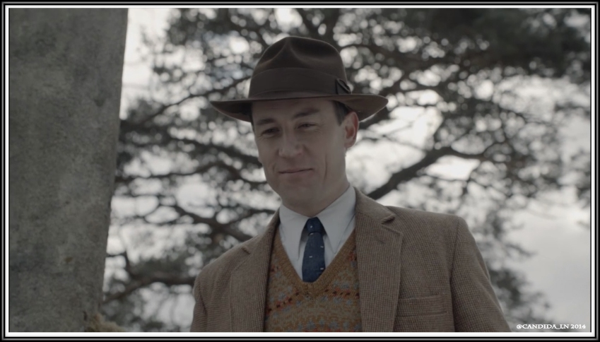 Frank (Tobias Menzies) welcomes his Claire home.