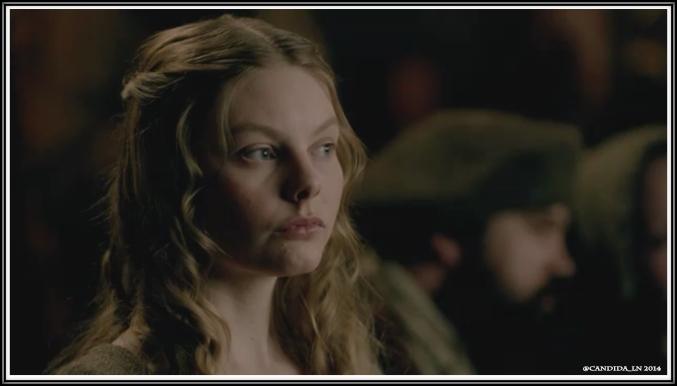Laoghaire MacKenzie (Nell Hudson).