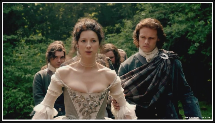 07_Jamie_escorts_Claire_to_chapel