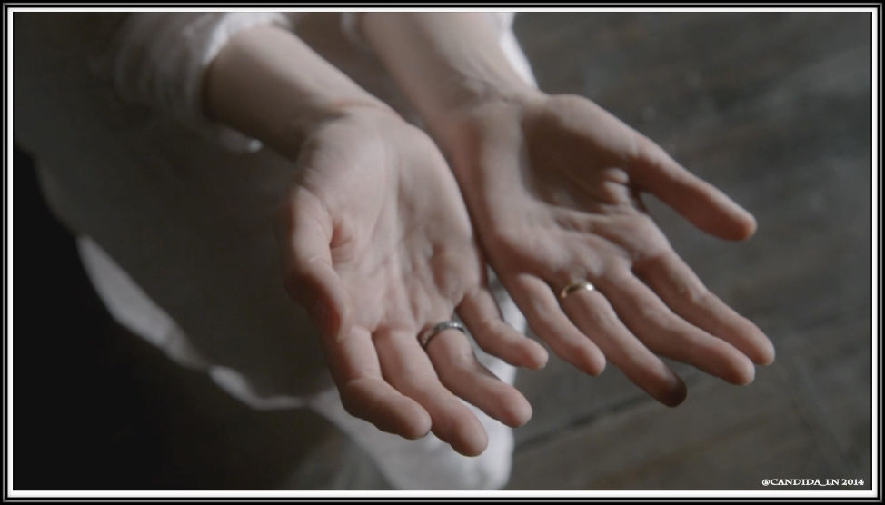 51_Claire's_hands_1_00001