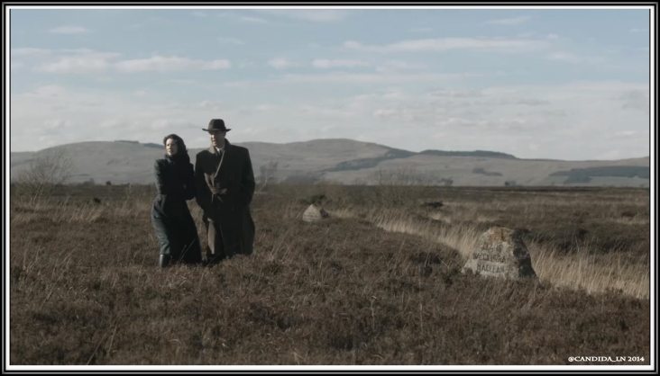 Claire (Caitriona Balfe) and Frank Randall (Tobias Menzies) on Culloden Moor, 1945.