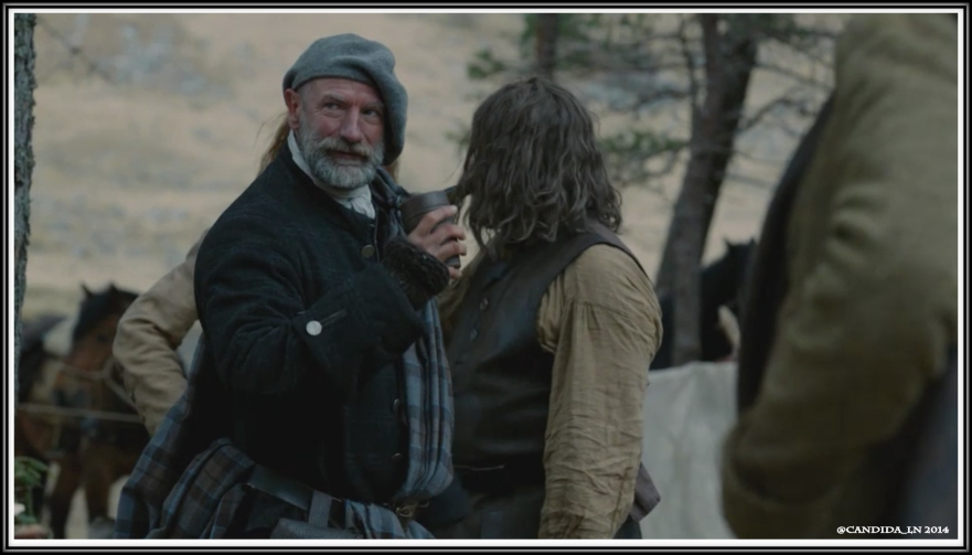 Dougal (Graham McTavish) watches Claire and Ned.