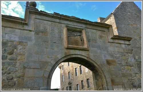 Entrance to Lallybroch. Fraser crest added for show.